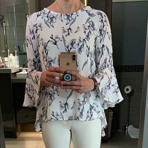 Tops - Floral flow shirt